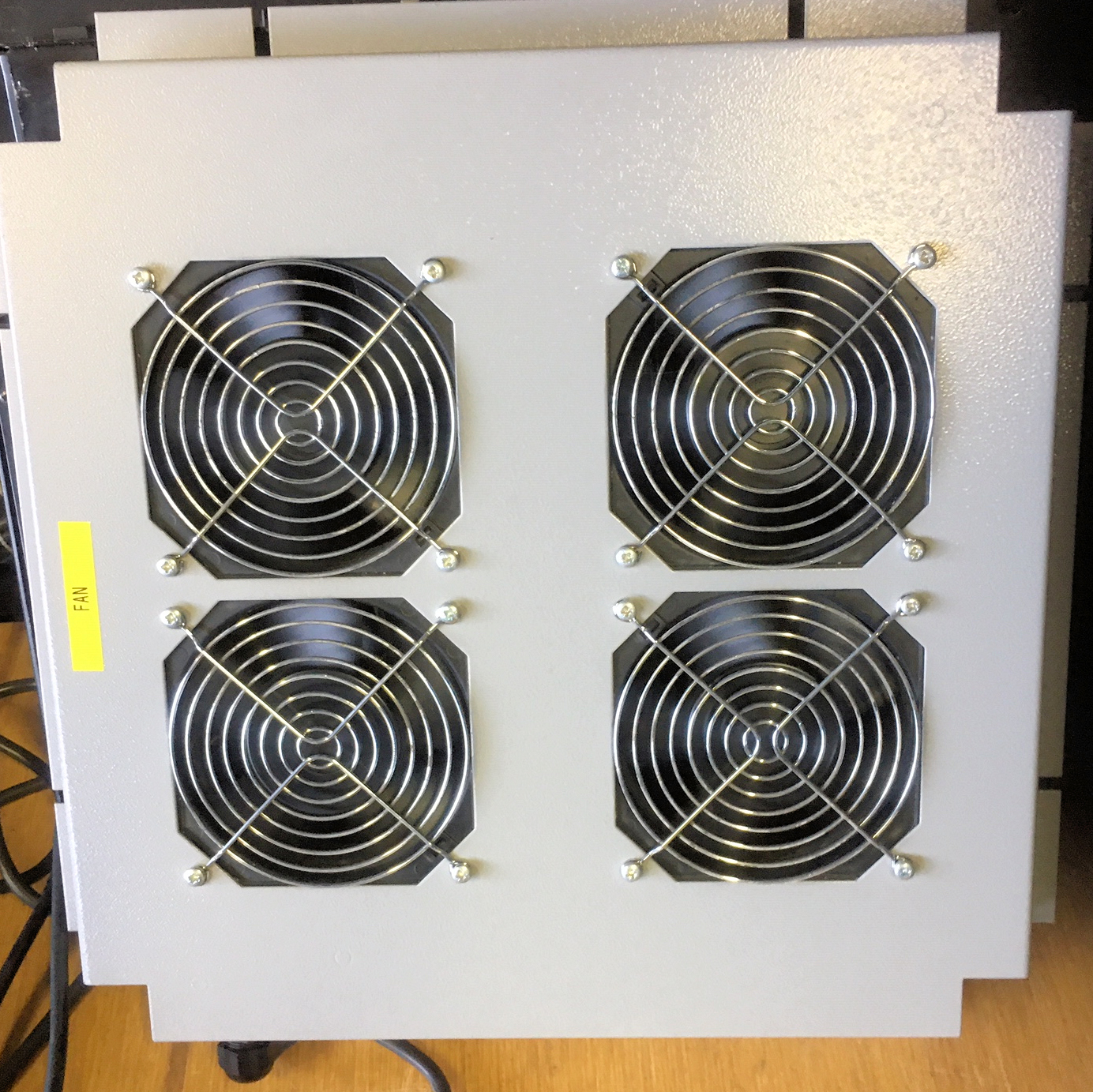 4 x 12 cm Sq. Fans running in frame viewed from the top