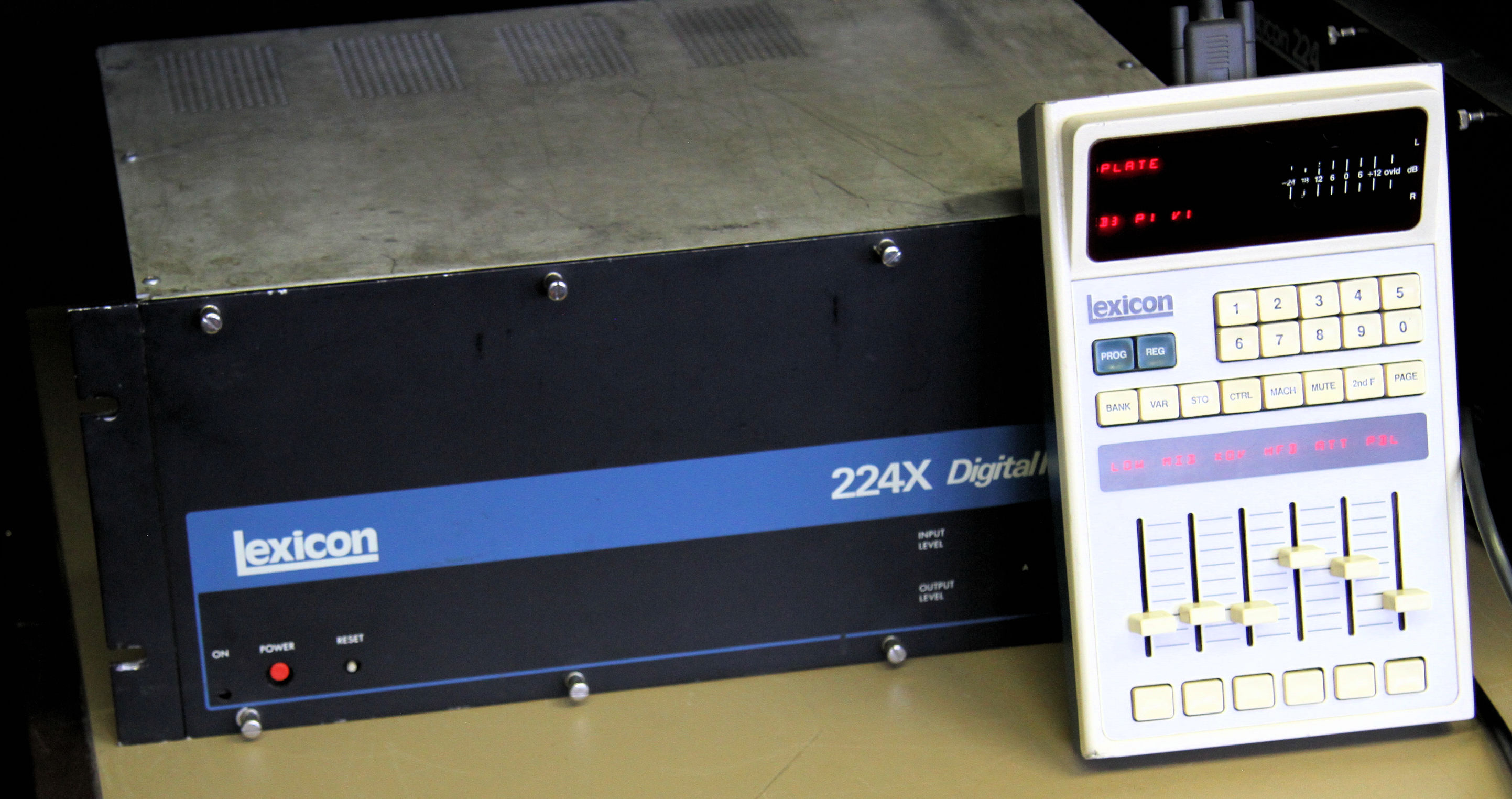 Lexicon 224XL digital reverb