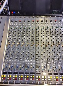 NEVE 66 12 Stereo channels 13 - 36 inputs