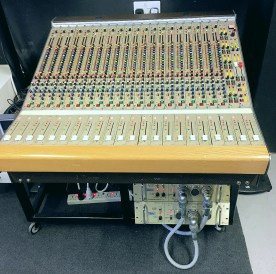 CADAC J Series 22 inputs
