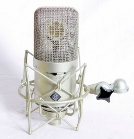 Neumann M149 with Mount