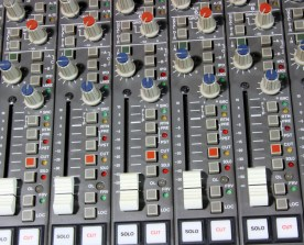 TASCAM M700 Monitor Faders